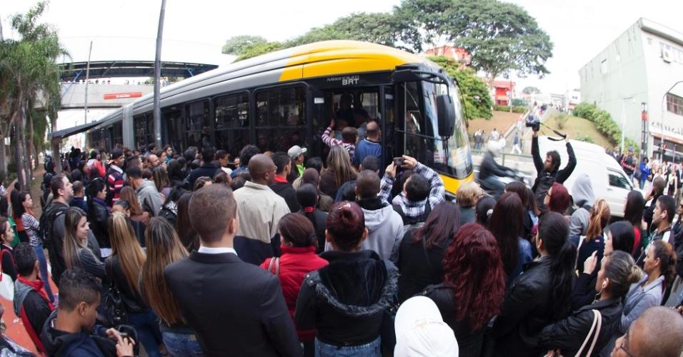 """""""Greve do Metrô evidencia a importância dos ônibus para a mobilidade em São Paulo"""", afirma Valdevan Noventa"""