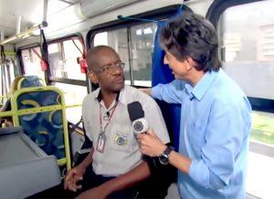 Com alegria contagiante, Chicão tem transformado vidas e chamado atenção da imprensa