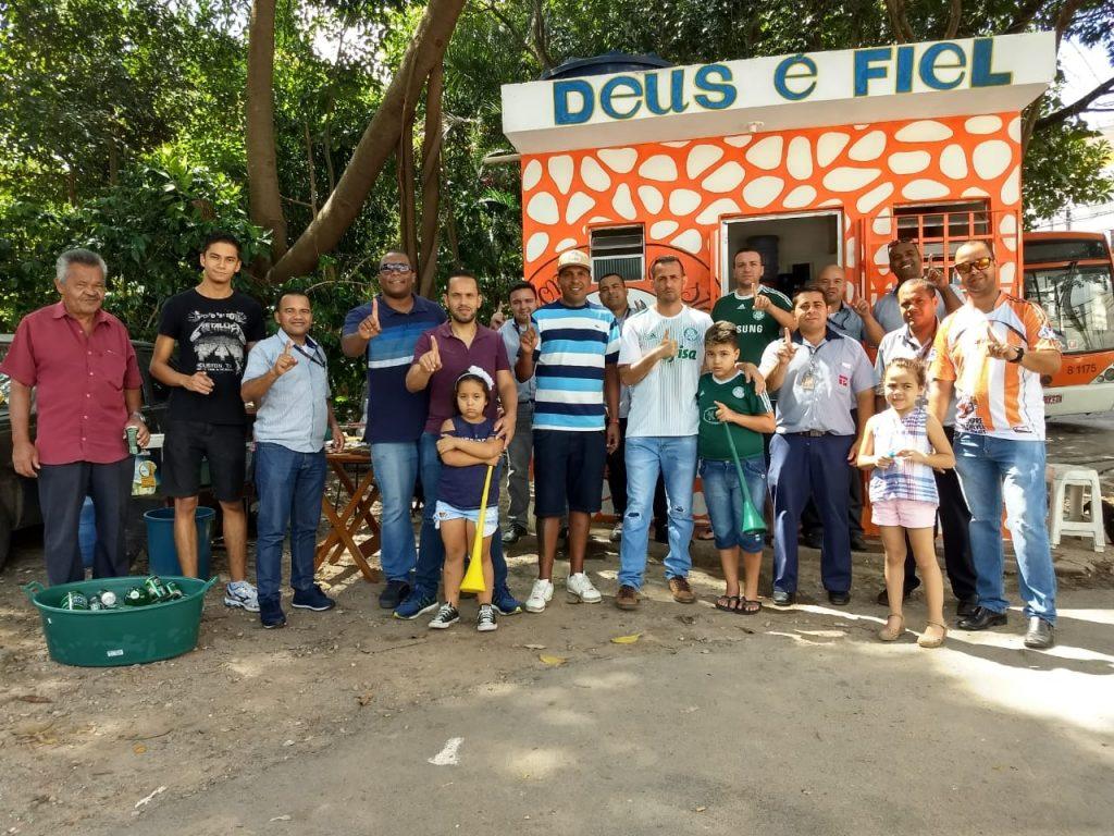 Dirigentes do SINDMOTORISTAS fazem reforma de banheiro e guarita no Guaraú