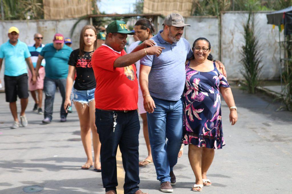 Em Arauá, Valdevan Noventa participa de café da manhã e fala sobre suas propostas