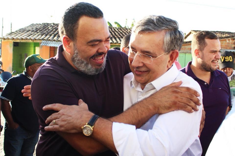 Valdevan Noventa percorre cidades sergipanas e conquista eleitores
