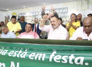 Condutores parabenizam Valdevan Noventa pela eleição a deputado federal
