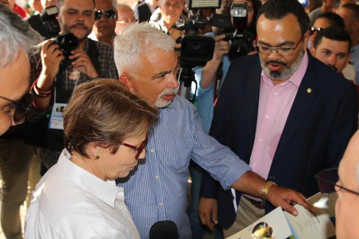 Valdevan Noventa apoia iniciativas para o agronegócio em Sergipe