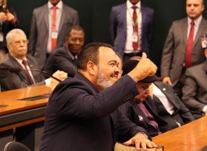 TSE confirma legitimidade na posse de Valdevan Noventa e afirma que justiça sergipana agiu de modo antecipado