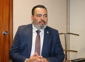 """""""Em Sergipe INSS acumula 14,4 mil solicitações de benefícios pendentes"""", afirma Valdevan Noventa"""
