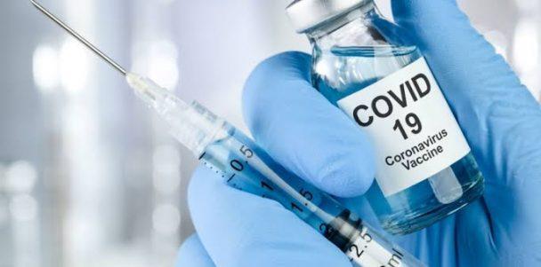 """""""A vacina é um direito constitucional e dever do Estado"""", afirma Valdevan Noventa"""