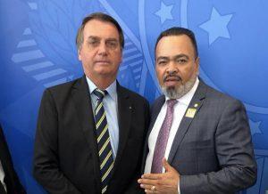 Valdevan Noventa participa de reunião da bancada evangélica com Bolsonaro
