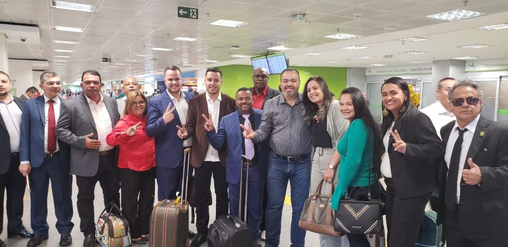 Valdevan Noventa volta a Sergipe em clima de comemoração