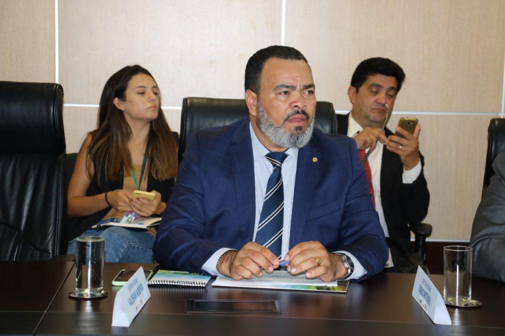 Valdevan Noventa se reunirá com governador e diretoria do Hospital Amparo de Maria